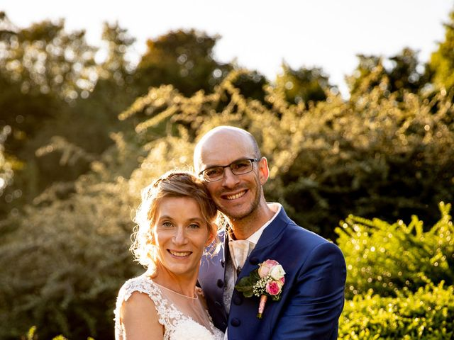 Le mariage de Emmanuel et Stéphanie à Bailleul, Nord 100