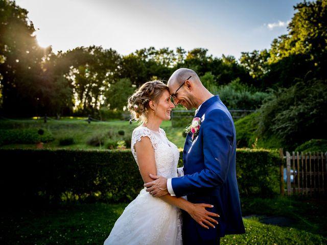 Le mariage de Emmanuel et Stéphanie à Bailleul, Nord 103