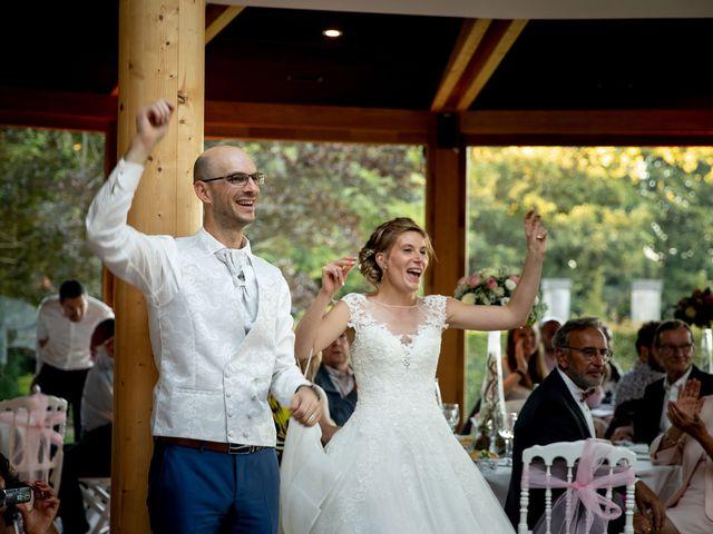 Le mariage de Emmanuel et Stéphanie à Bailleul, Nord 112