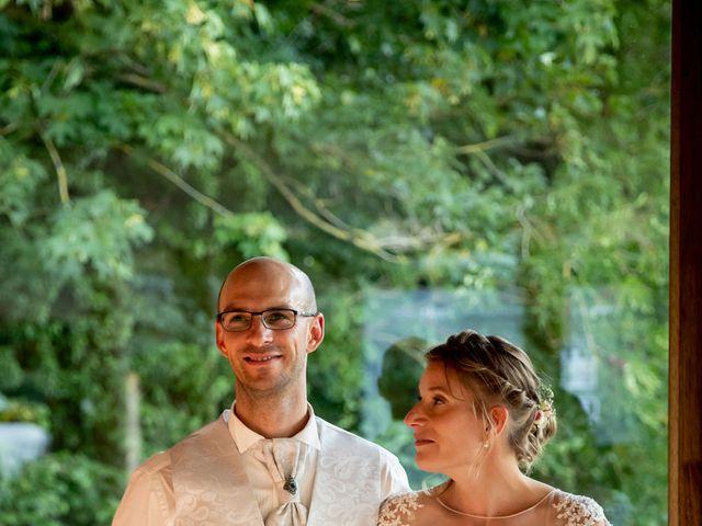 Le mariage de Emmanuel et Stéphanie à Bailleul, Nord 114