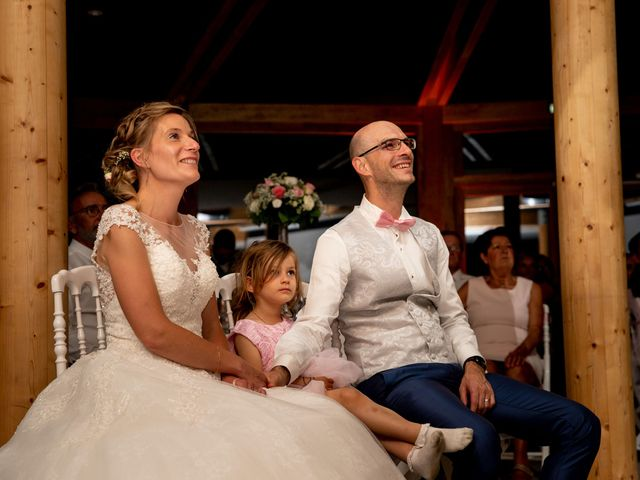 Le mariage de Emmanuel et Stéphanie à Bailleul, Nord 120