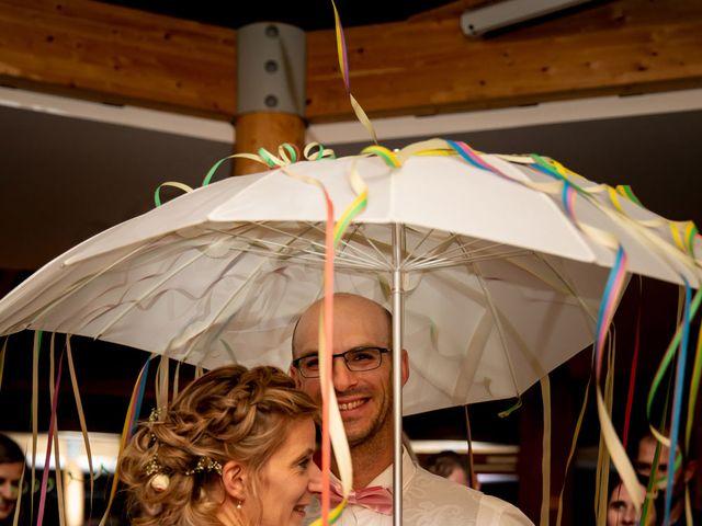 Le mariage de Emmanuel et Stéphanie à Bailleul, Nord 135