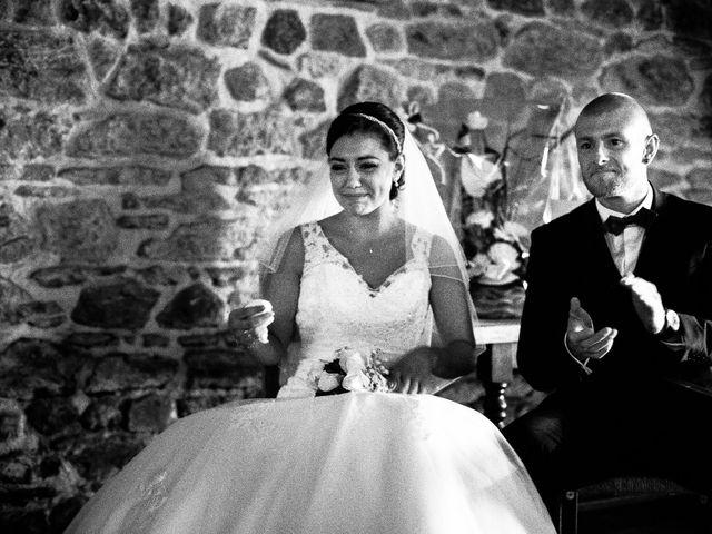 Le mariage de Nicolas et Cécile à Fontaines-sur-Saône, Rhône 44