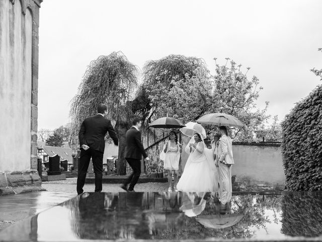 Le mariage de Adrien et Marjorie à Gougenheim, Bas Rhin 13