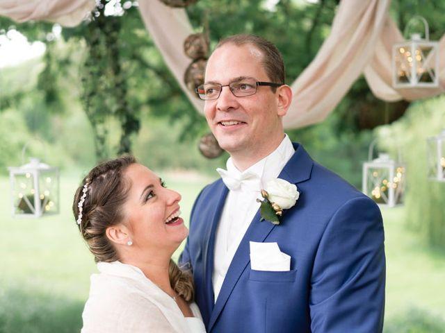Le mariage de Adrien et Marjorie à Gougenheim, Bas Rhin 32