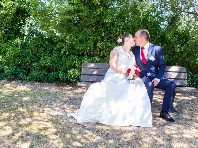 Le mariage de Yannick et Aline à Montignac-Charente, Charente 22