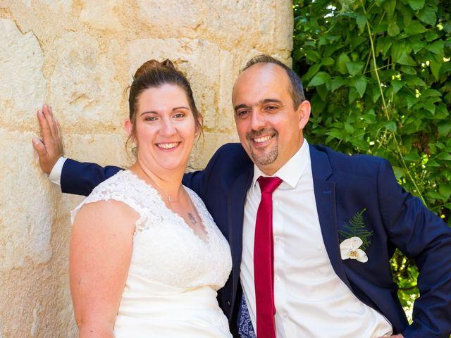 Le mariage de Yannick et Aline à Montignac-Charente, Charente 35
