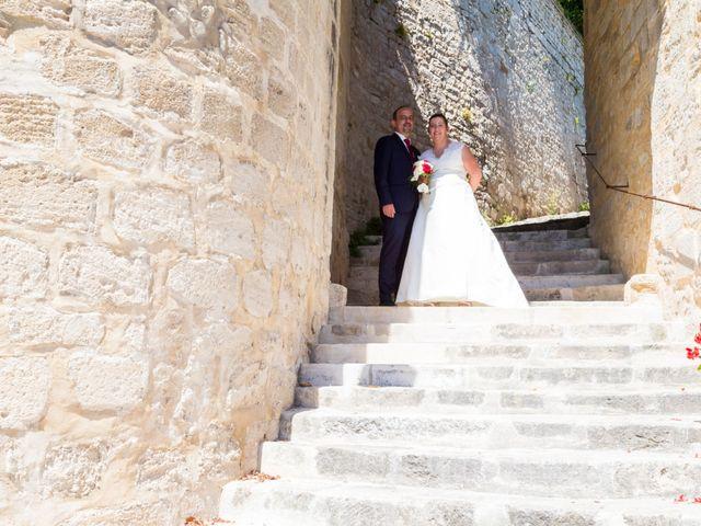 Le mariage de Yannick et Aline à Montignac-Charente, Charente 37