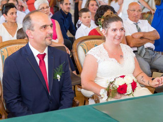 Le mariage de Yannick et Aline à Montignac-Charente, Charente 47