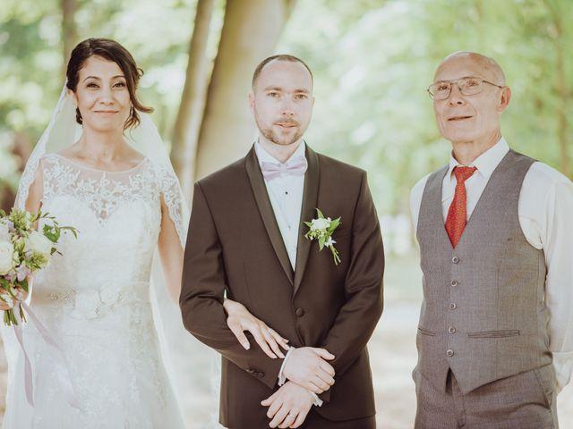Le mariage de Guillaume et Zorah à Varennes-Jarcy, Essonne 23