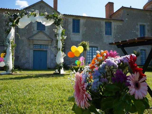 Le mariage de Sébastien et Isabelle à Sainte-Gemme-la-Plaine, Vendée 8