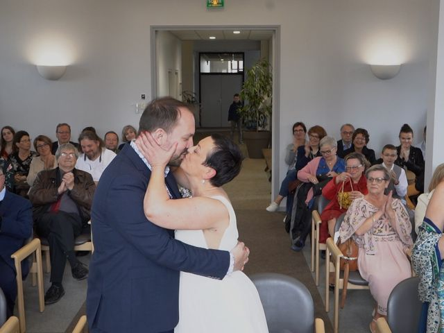 Le mariage de Sébastien et Isabelle à Sainte-Gemme-la-Plaine, Vendée 24