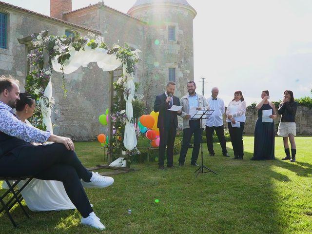 Le mariage de Sébastien et Isabelle à Sainte-Gemme-la-Plaine, Vendée 27