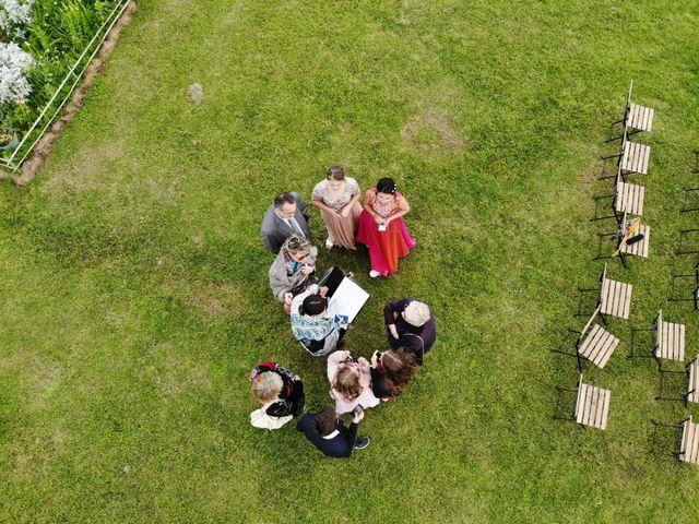 Le mariage de Sébastien et Isabelle à Sainte-Gemme-la-Plaine, Vendée 36