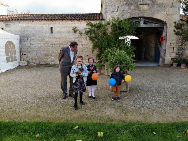 Le mariage de Sébastien et Isabelle à Sainte-Gemme-la-Plaine, Vendée 38