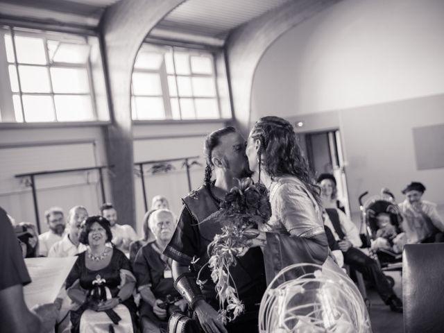 Le mariage de Jean Charles et Angélique à Succieu, Isère 16