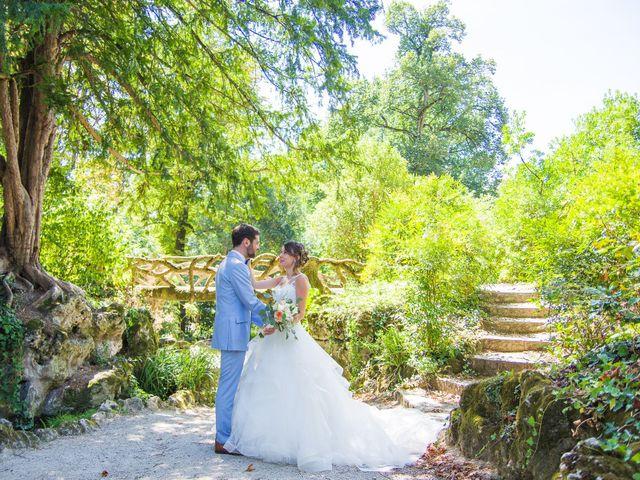 Le mariage de Paul et Alix à Saint-Yrieix-sur-Charente, Charente 24
