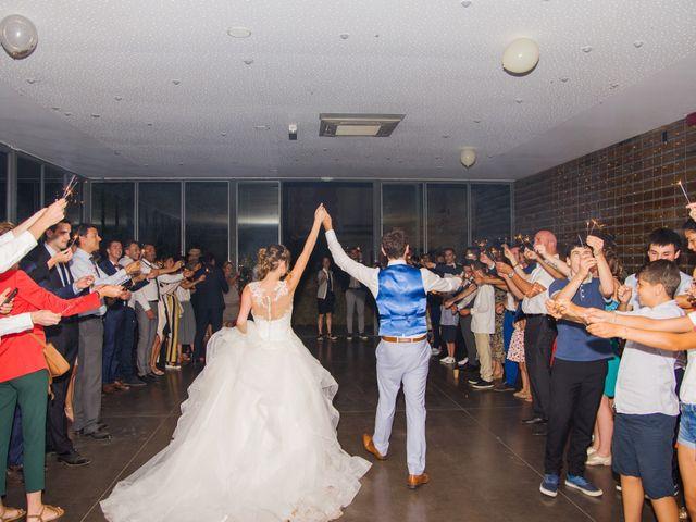 Le mariage de Paul et Alix à Saint-Yrieix-sur-Charente, Charente 56