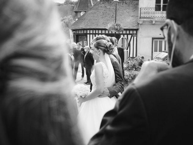 Le mariage de Alban et Lucie à Gaillon, Eure 15