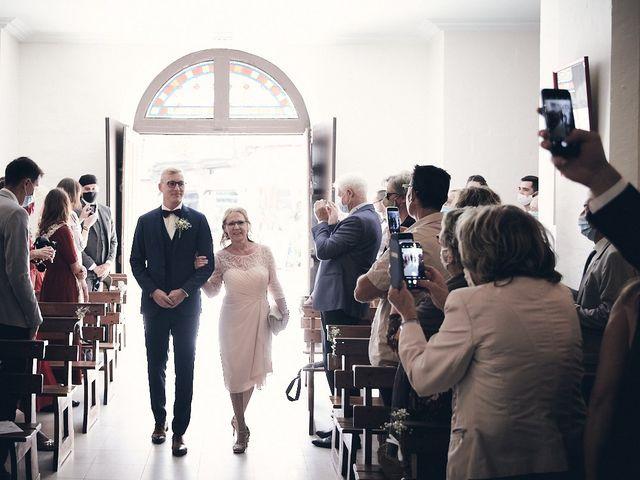 Le mariage de Alban et Lucie à Gaillon, Eure 22