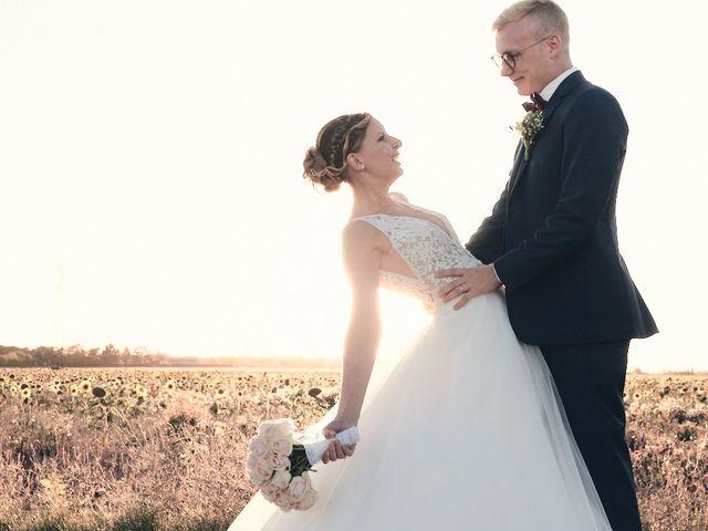 Le mariage de Alban et Lucie à Gaillon, Eure 57