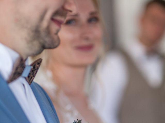 Le mariage de Cyril et Meggan à Reignac, Gironde 4