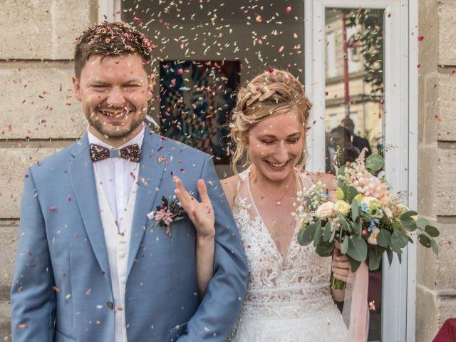 Le mariage de Cyril et Meggan à Reignac, Gironde 14