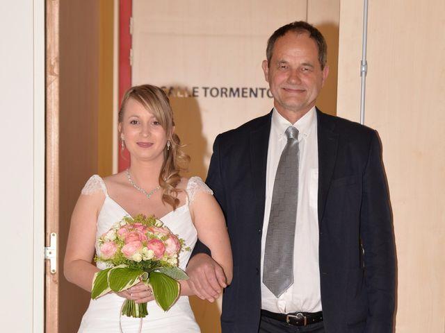 Le mariage de Thomas et Eléonore à Romans-sur-Isère, Drôme 4