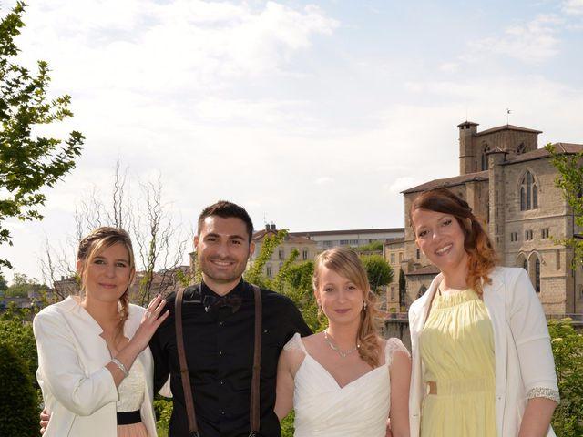 Le mariage de Thomas et Eléonore à Romans-sur-Isère, Drôme 32