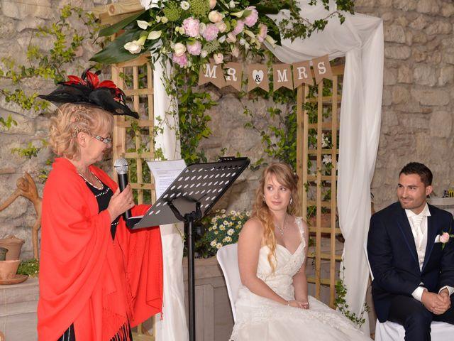 Le mariage de Thomas et Eléonore à Romans-sur-Isère, Drôme 69