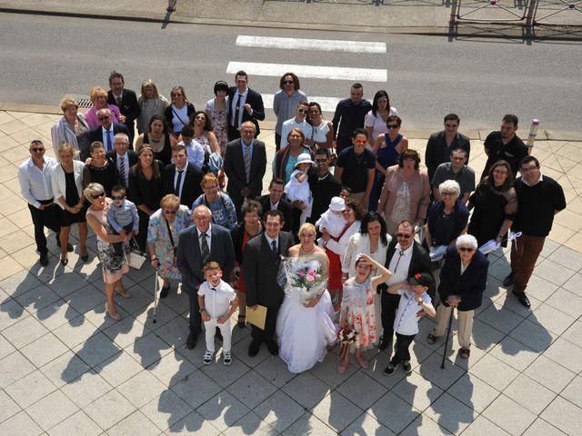 Le mariage de Christophe et Angélique à Hérimoncourt, Doubs 15