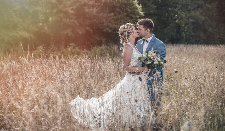 Le mariage de Cyril et Meggan à Reignac, Gironde