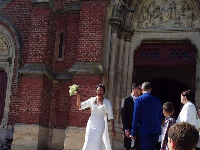 Le mariage de Damien et Celine à Saint-Just-en-Chaussée, Oise 11