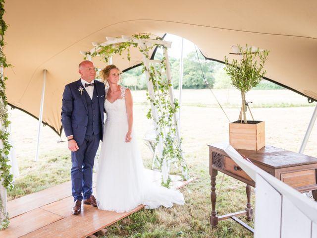 Le mariage de Emmanuel et Erika à Montireau, Eure-et-Loir 13