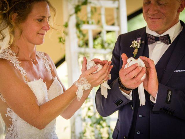 Le mariage de Emmanuel et Erika à Montireau, Eure-et-Loir 14