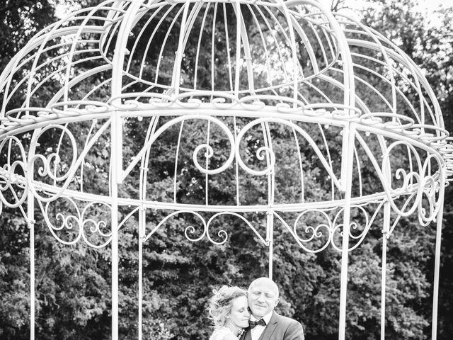 Le mariage de Emmanuel et Erika à Montireau, Eure-et-Loir 15
