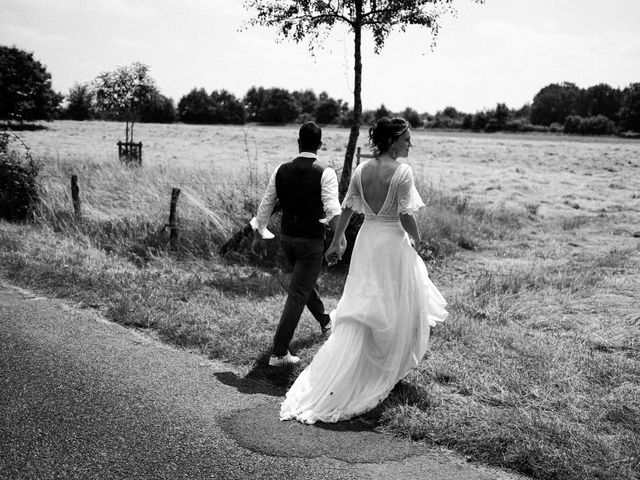 Le mariage de Cédric et Anne à Montoire-sur-le-Loir, Loir-et-Cher 74