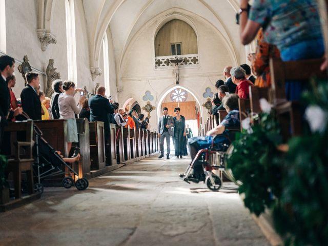 Le mariage de Damien et Elizabeth à Saint-Ambreuil, Saône et Loire 7