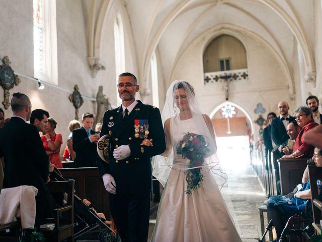 Le mariage de Damien et Elizabeth à Saint-Ambreuil, Saône et Loire 11