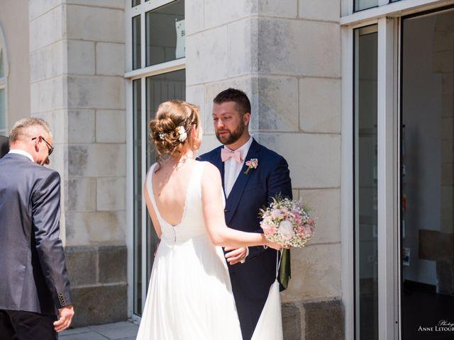 Le mariage de Anthony et Amélie à Saint-Étienne-de-Montluc, Loire Atlantique 13