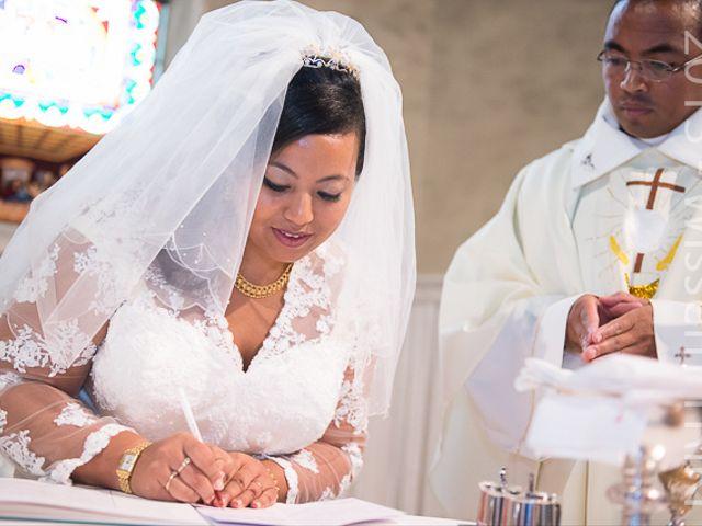 Le mariage de Holy et Yves à Vigneux-sur-Seine, Essonne 23