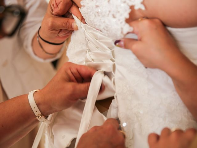 Le mariage de Esin et Jessy à Vendôme, Loir-et-Cher 9