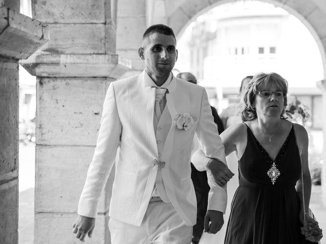 Le mariage de Esin et Jessy à Vendôme, Loir-et-Cher 13