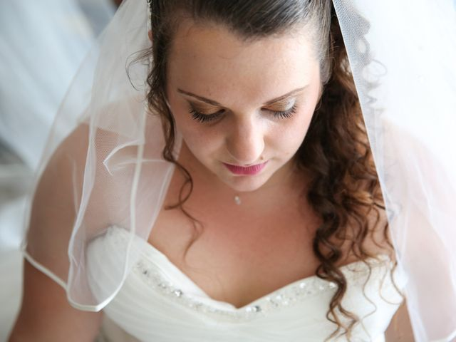 Le mariage de Esin et Jessy à Vendôme, Loir-et-Cher 2