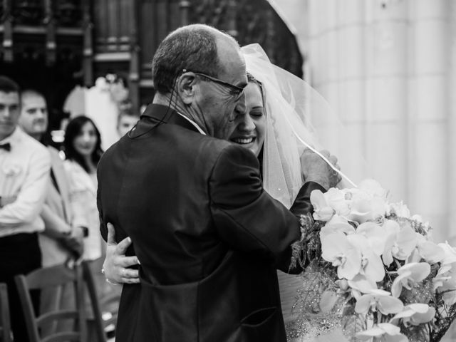 Le mariage de Esin et Jessy à Vendôme, Loir-et-Cher 23