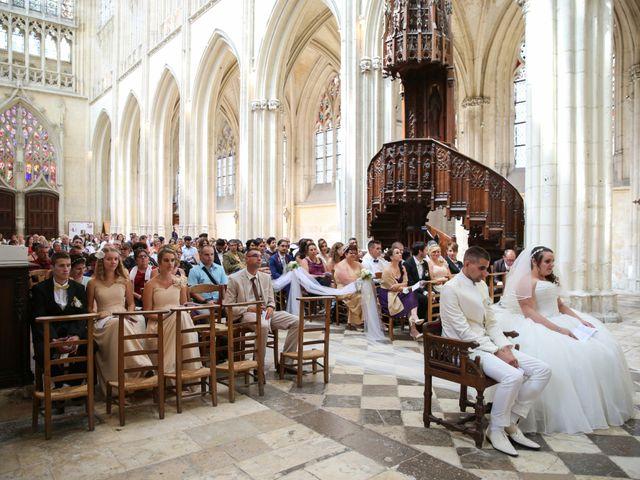 Le mariage de Esin et Jessy à Vendôme, Loir-et-Cher 24