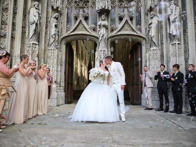 Le mariage de Esin et Jessy à Vendôme, Loir-et-Cher 27