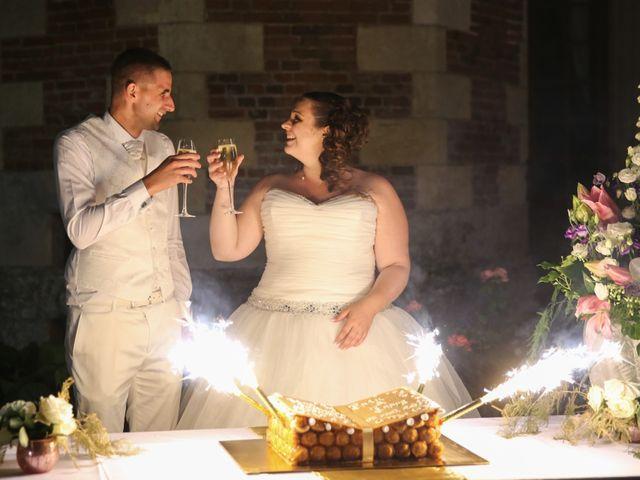 Le mariage de Esin et Jessy à Vendôme, Loir-et-Cher 59