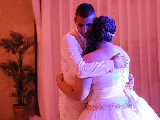 Le mariage de Esin et Jessy à Vendôme, Loir-et-Cher 61