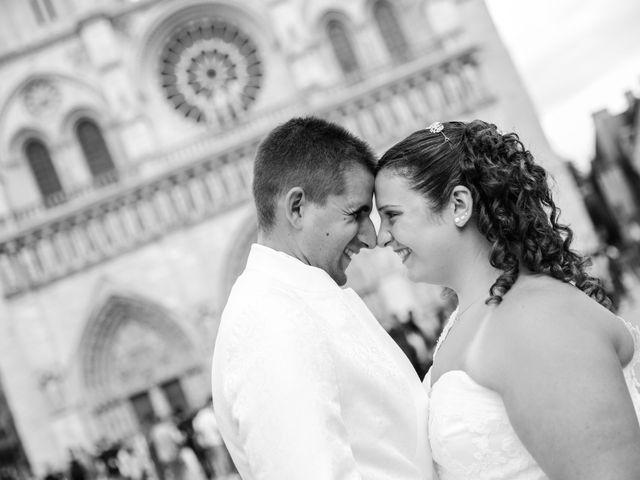 Le mariage de Esin et Jessy à Vendôme, Loir-et-Cher 65